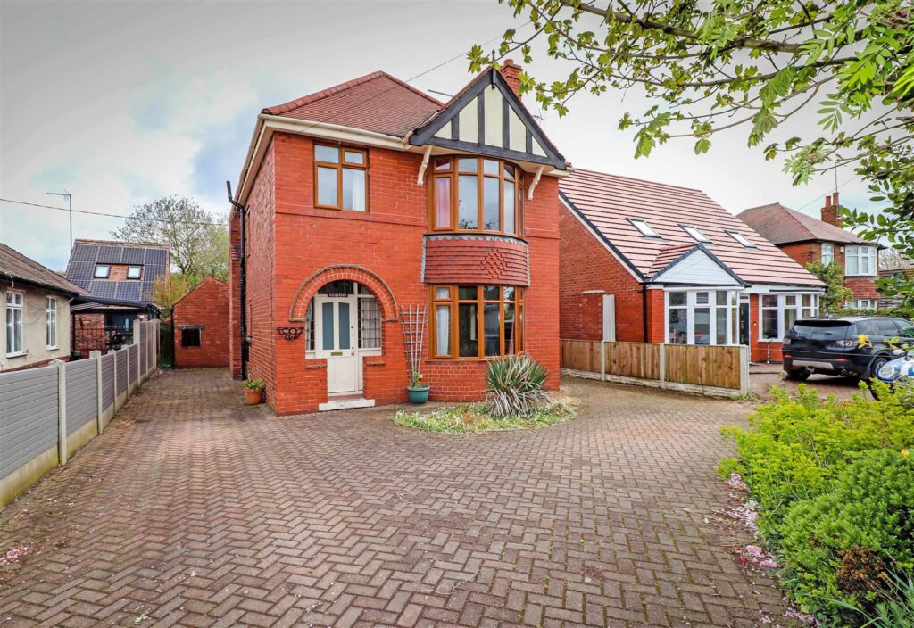 Mansfield Road, Creswell, Worksop